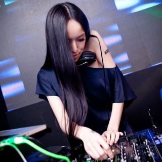 Claudia Re - Sonic Cloud Radio