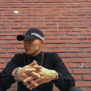 DJ JUNG: C'EST LA VIE HOUSE MUSIC