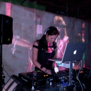 JUST ME AND MY HEADPHONES PODCAST LIVE WITH DJ LINDSEY BELL