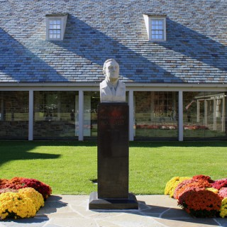 Franklin D. Roosevelt Presidential Library and Museum Audio Description Guide