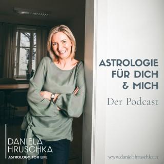 Astrologie für dich und mich mit Daniela Hruschka und Gary Stütz.